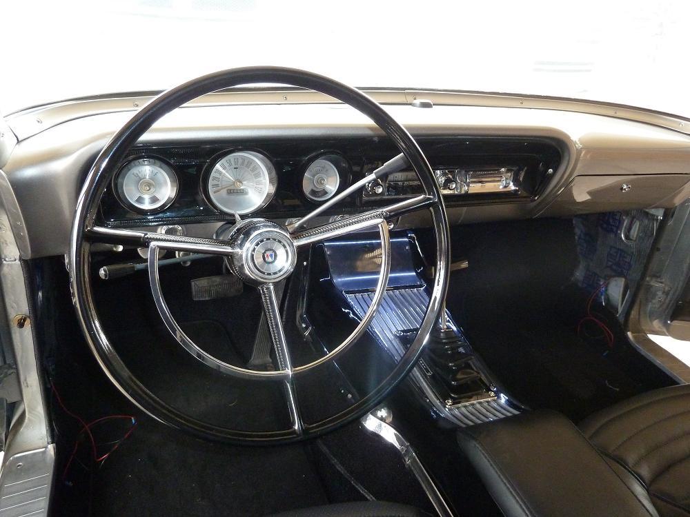 Dash 1964 Fairlane